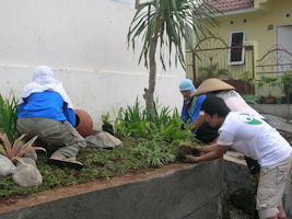 volunteer-Indonesia-20.jpg