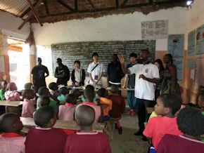 Volunteer in Uganda (www.cadip.org)