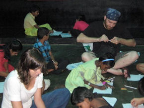 Volunteer in India (www.cadip.org)